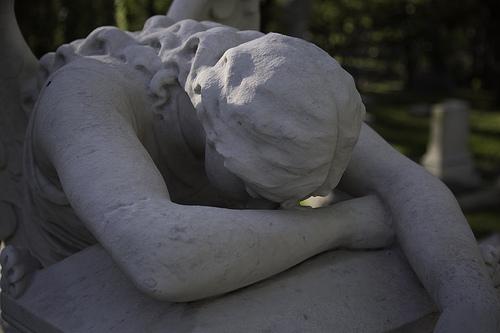 angel of grief escultura